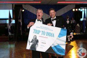 Mark Kubaczka (left) was the lucky winner of the Braveheart Prize!
